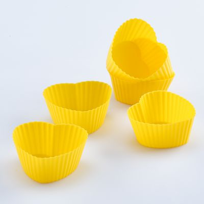 Solis 6 Pcs Silicone Heart-Shaped Muffin Moulds